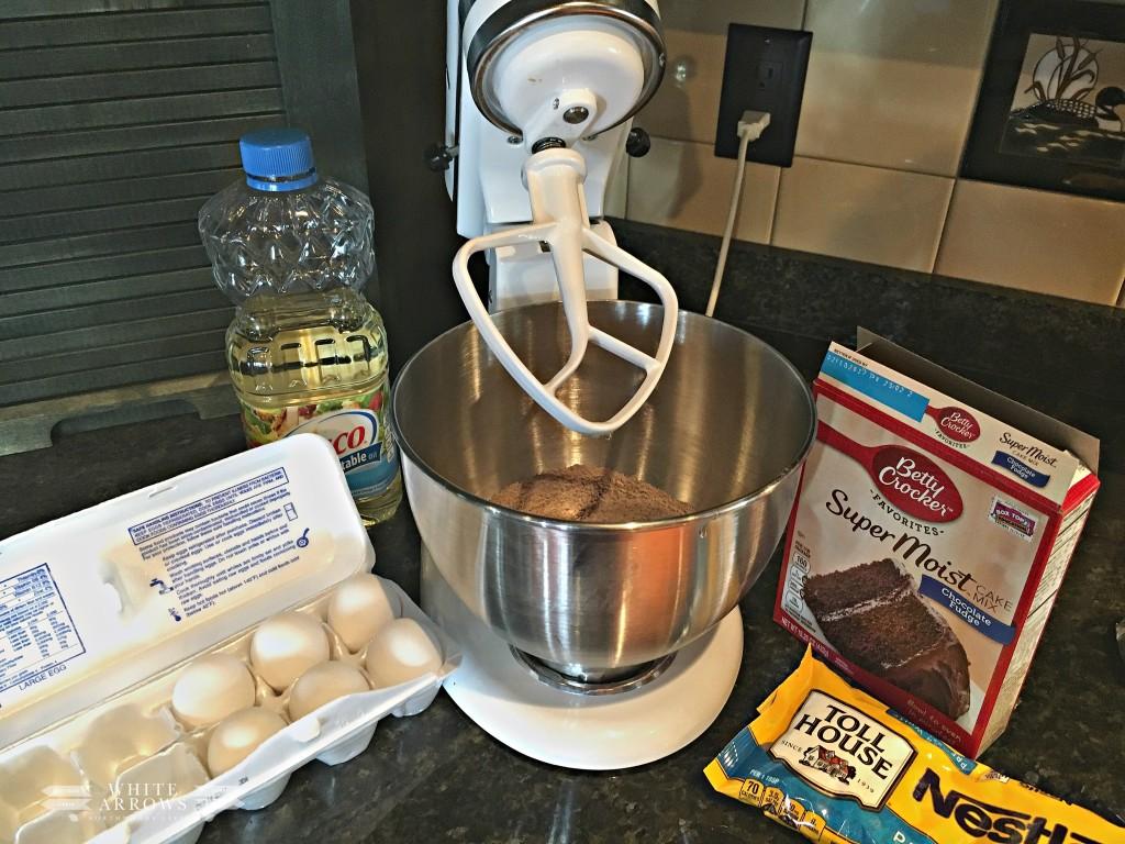 Cake Box Cookies, Chocolate White Chip Cookies