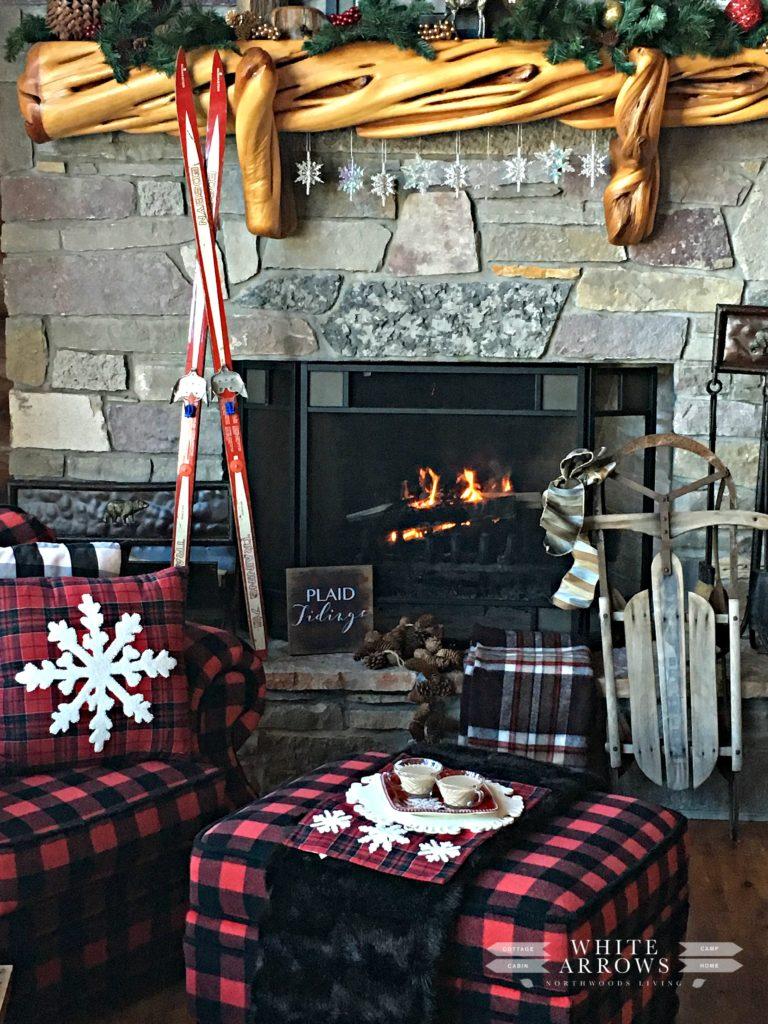 Winter Mantle, Fireplace, Buffalo Plaid