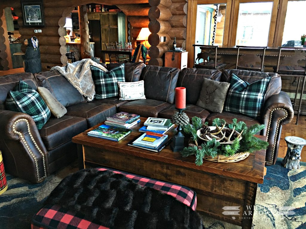 Great Room, Winter Decor, Leather Couch