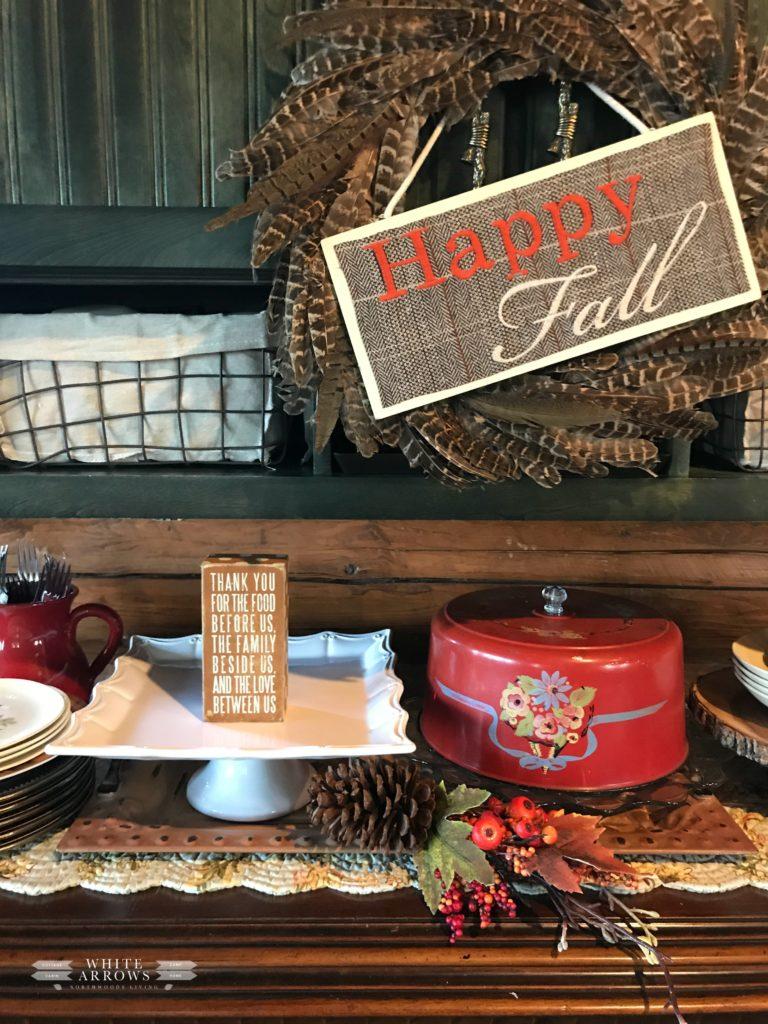 Thanksgiving, Fall Decor, Autumn Decor, Thanksgiving Decor, Thanksgiving Buffet, Thanksgiving Pies, Cake Stands