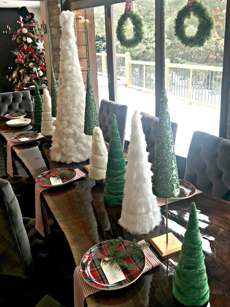 Christmas-table-tablescape