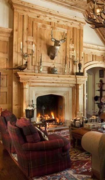 lodge-style-fireplce-woodwork-hunting-lodge
