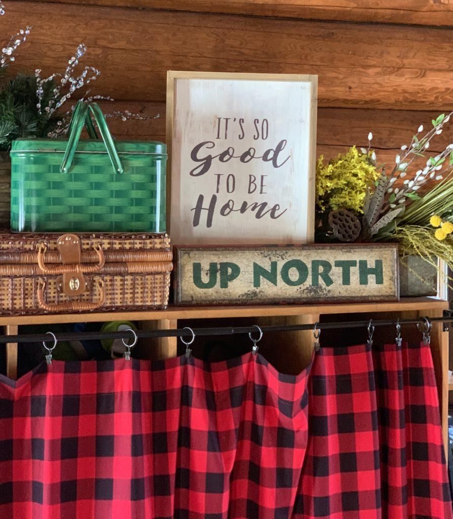 spring-decor-vintage-metal-picnic-basket-up-north