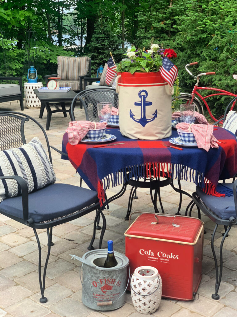 Back Patio Summer Decor- 4th of July