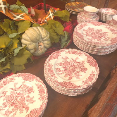 Thanksgiving Table and Recipes with Cranberries