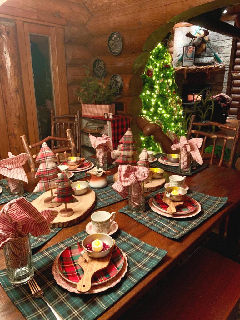 Plaid Christmas Table