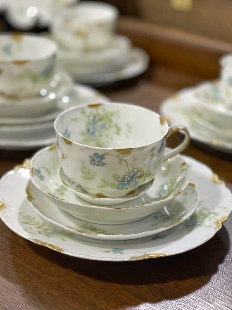 china dishes and teacup