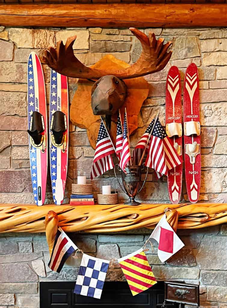 Patriotic Mantel- White Arrows Home